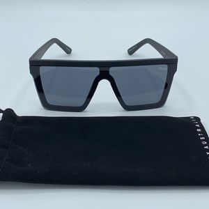 Quay Black on Black Hindsight Sunglasses